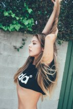 Carmella Rose (23)