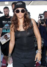Rihanna (5)