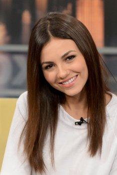 Victoria Justice (13)