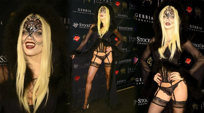 AnnaLynne McCord - Carlton's Halloween Nightmare! in Beverly Hills