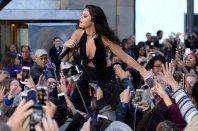 Selena Gomez (39)