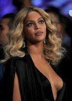 Beyonce (2)