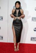 Kylie Jenner (14)