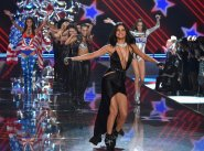 Selena Gomez (26)