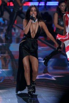 Selena Gomez (50)