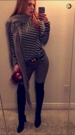 Bella Thorne (12)