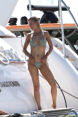 Joanna Krupa (13)