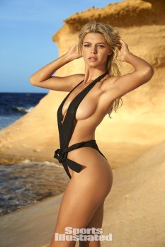 Kelly Rohrbach (25)