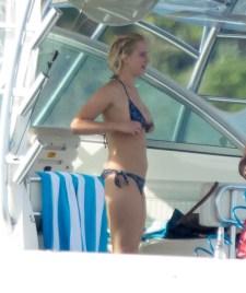 Jennifer Lawrence) (9)