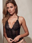 Josephine Skriver (29)