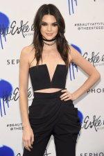 Kendall Jenner (7)