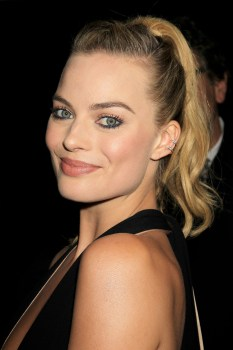 Margot Robbie (12)