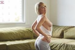 Sara Underwood (25)