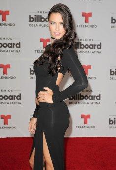 Adriana Lima (29)