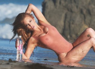 Angelica Bridges (24)