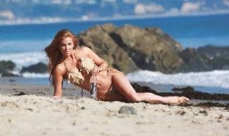 Angelica Bridges (44)