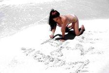 Ariel Winter (2)