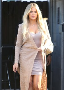 Khloe Kardashian (10)