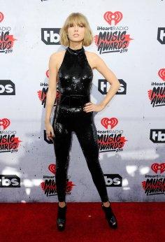 Taylor Swift (16)