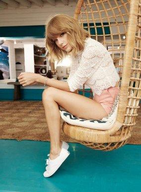 Taylor Swift (23)