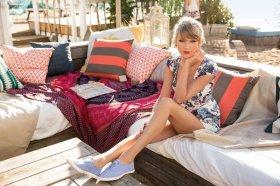 Taylor Swift (25)