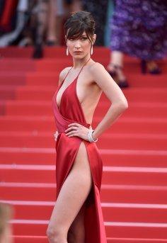 Bella Hadid (2)
