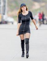 Bella Thorne (18)