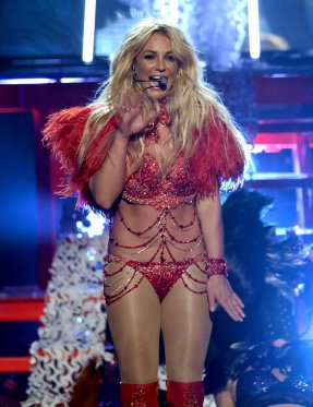 Britney Spears (36)
