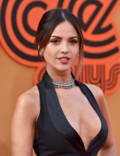 Eiza Gonzalez (7)