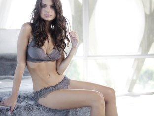 Emily Ratajkowski (1)