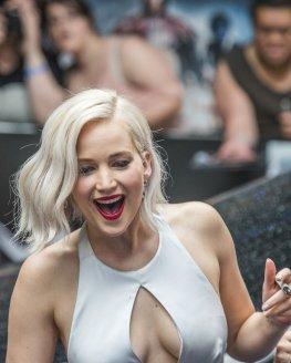 Jennifer Lawrence (41)