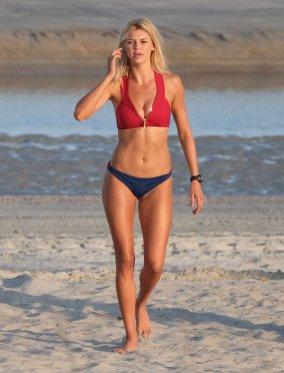 Kelly Rohrbach (2)