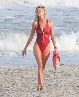 Kelly Rohrbach (31)