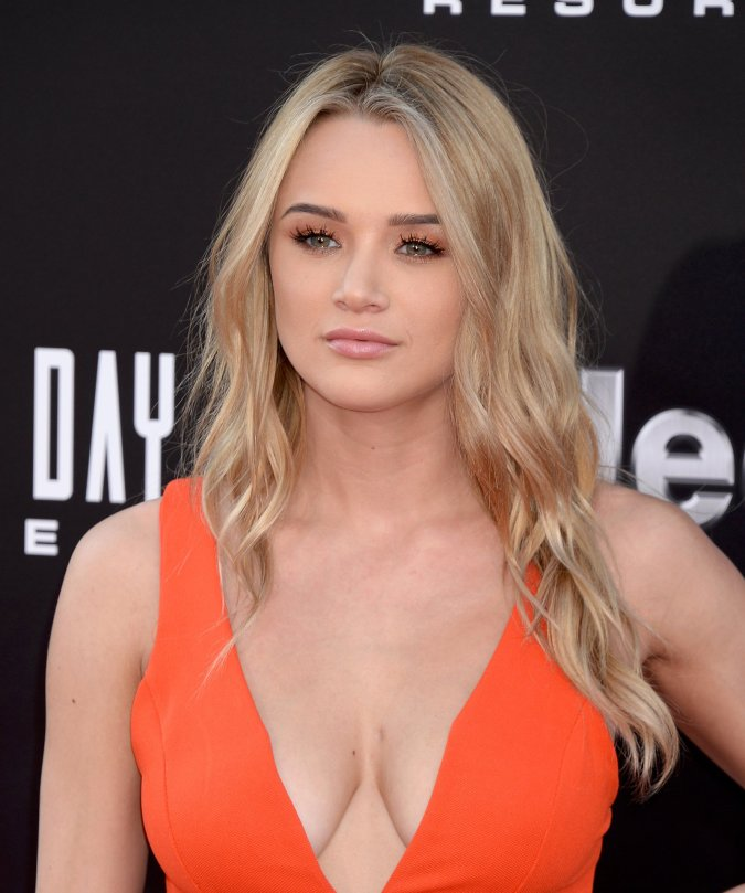 "Hunter Haley King - ""Independence Day: Resurgence"" Premiere in Hollywood"
