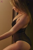 Iska Lawrence (41)
