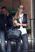 Paris Hilton (28)