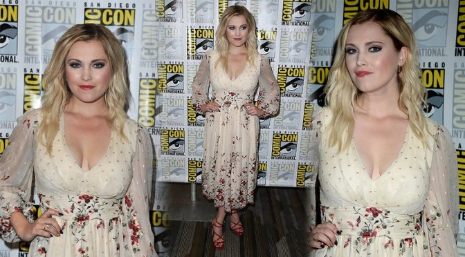 "Eliza Taylor – ""The 100"" Event at Comic-Con in San Diego"