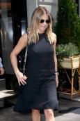 Jennifer Aniston (14)