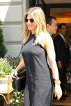 Jennifer Aniston (22)