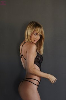 Sara Jean Underwood (39)