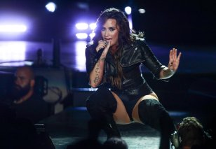 Demi Lovato (5)