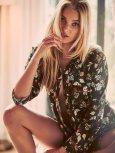 Elsa Hosk (28)