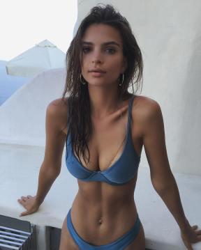 Emily Ratajkowski 002
