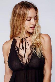 Hannah Ferguson (39)