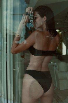 Kendall Kylie Hailey Bella (2)