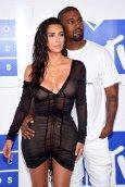 Kim Kardashian (14)