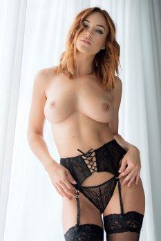 Rosie Jones (6)