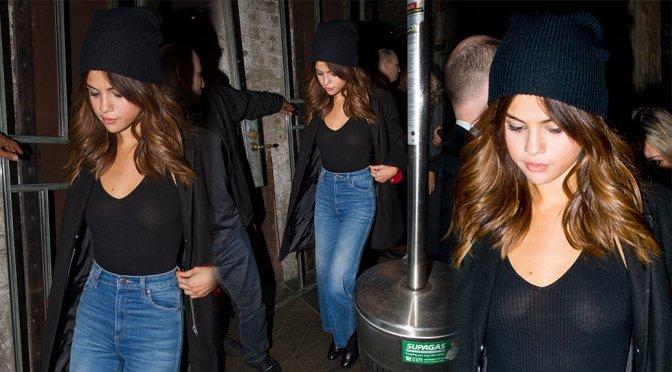 Selena Gomez – Braless Candids in Sydney