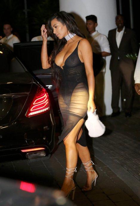 kim-kardashian-18