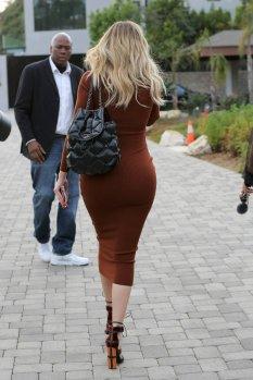 khloe-kardashian-12